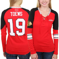 Jonathan Toews Chicago Blackhawks Reebok Women's Faceoff Player Lace-Up Long Sleeve T-Shirt – Red