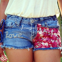 Love shorts,low rise flower print denim shorts by Jeansonly