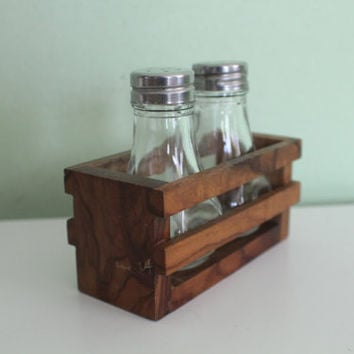 Vintage Salt and Pepper Shakers Wooden Holder, Primitive, Rustic, Shabby Chic