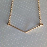 14K Gold filled arrow bar necklace/ hammered/ dainty/ Arrow Pendant / Handmade / unique / simple