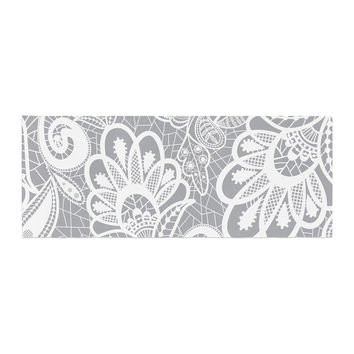 """Petit Griffin """"Lace Flower"""" Gray White Bed Runner"""