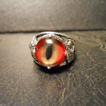 Jaws Red Shark Eye On Twisted Serpent Taxidermy Glass Eye Ring