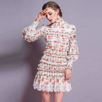 2018 Spring And Summer 2 Piece Set Women New Openwork Lace Stitching Printing Crop Top And Skirt Set Fashion Two Piece Set
