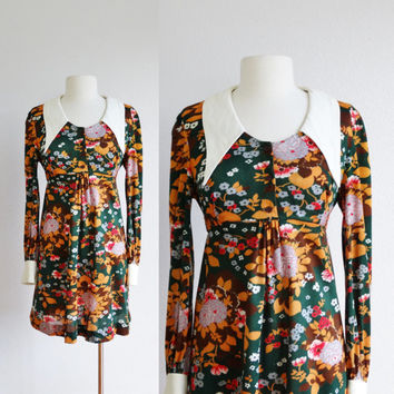 60s large collar mini dress - vintage 1960s floral mod - peter pan collar - short a line skirt - green mustard yellow - medium large m l