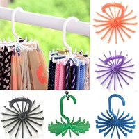 Hot 1 Piece Plastic Portable Tie Rack For Closets Rotating Hook Holder Belts Scarves Hanger For Men Women Clothing Organizer
