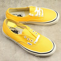Vans Authentic Yellow Low-help Women Men Sneaker