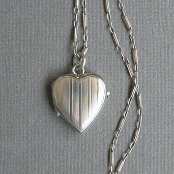 Sterling Art Deco LOCKET, Antique HEART Locket Necklace, Antique Sterling Silver CHAIN, Bar Link Chain Hallmarked, Womens Jewelry c.1920's