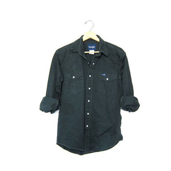 vintage WRANGLER shirt. Denim Button Up Shirt. Western Pearl Snap Shirt. Black - Dark Green Jean Shirt. Grunge Work Shirt. Men's Medium