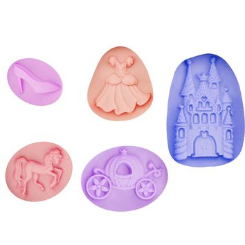 M0413 Castle/Skirt/Shoe/Horse/pumpkin car Fondant Soap 3D Cake Silicone Mold Cupcake Candy Chocolate Decoration Baking Tool