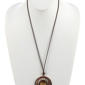 Brown Turtoise Lucite Stone Layered Ring Pendant Necklace