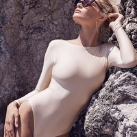 Helena Maillot in Nude