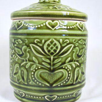 Cookie Jar Vintage Green with Hearts made in Japan , food container retro in ceramic