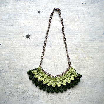 crochet necklace for woman in green cotton , Yarn jewelry, crocheted jewerly