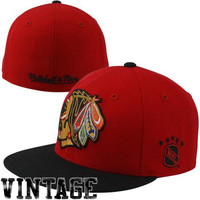 Mitchell & Ness Chicago Blackhawks Vintage XL Logo Two-Tone Fitted Hat - Red/Black