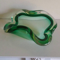 Murano glass ashtray/stunning  green free form shaped heavy glass dish/ perfect condition/ UK seller/ships worldwide