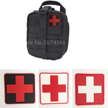 2 Pieces PVC Rubber Red Cross Patch Medic Cross Tactical Patch First Aid Medical Bag Pouch Paramedic Army Morale Badge Military