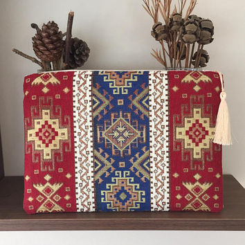 CARPET CLUTCH/Rug Clutch Bag/Bohemian clutch/BOHO/Kilim Clutch Purse/Handbag/Ipad Case/Ethnic Clutch/Carpet Clutch/Gift For Her