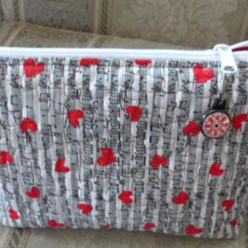 Quilted Cosmetic Wedge Bag/Handmade Cotton Quilted Cosmetic Bag/Quilted Toiletry Bag/2 Hold Cosmetics/2 Hold Make up/2 Hold Beauty Products