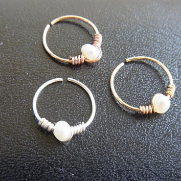 24gauge dainty nose ring with tiny fresh water pearl