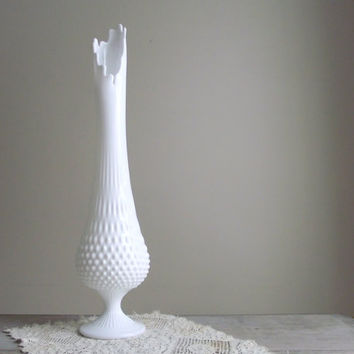 Fenton Milk Glass Hobnail Swung Vase / Vintage White Milk Glass / White Pedestal Vase / Wedding Decor / Vintage Decor