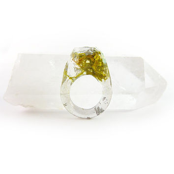 Terrarium + Silver Leaf Resin Ring • Size 5.5 • Geometric Terrarium Ring • Science Specimen Ring • Nature Moss Eco Resin Ring