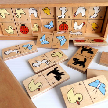 domino set for children . wooden dominoes . games for children . games for math and strategy . toys . wooden boxes . game pieces