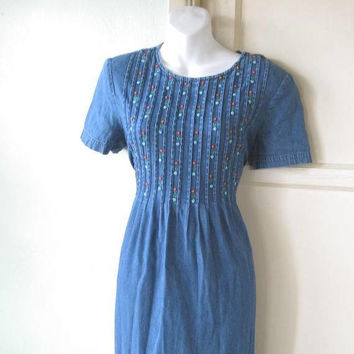 Charming Blue Tie Back Denim Dress; Pleated Bodice w/ Embroidered Flowers; Women's Petite Medium Prairie/Country Midi Dress; Fit & Flare