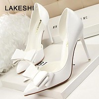 LAKESHI 2018 Fashion Women Pumps Sexy High Heels Wedding Shoes Solid Pointed Toe Stiletto Bow Women Shoes White Ladies Shoes