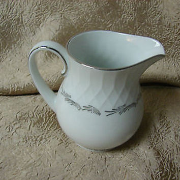 #Noritake China Dinnerware Japan Sabina #6461 Creamer