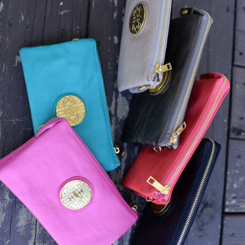 Touch of Class Clutch