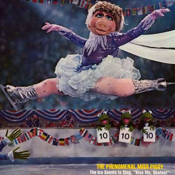 Miss Piggy Sports Illustrated 1981 Poster 20x28