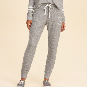 Girls Cozy Graphic Fleece Joggers | Girls Bottoms | HollisterCo.com