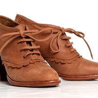 LACE. Leather oxford shoes / leather lace up boots / sizes US 4-13. Available in different leather colors.