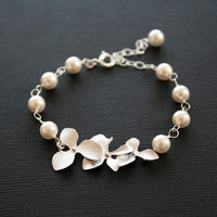 Sweet romance bracelet in Sterling Silver  wedding by untie