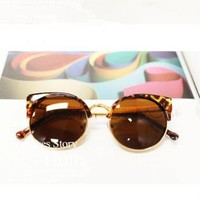 Cat Eye Sunglasses With  Cut Away Detail MMI73