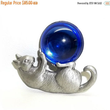 JJ Cat Playing With Blue Ball pin brooch Jonette vintage Pewter Hard To Find