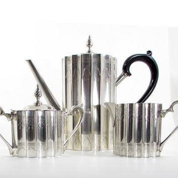 Godinger Museum Re-Creations of Antiques Paul Revere Silver Plate Coffee Set 3 Pc Pot Sugar creamer Teapot
