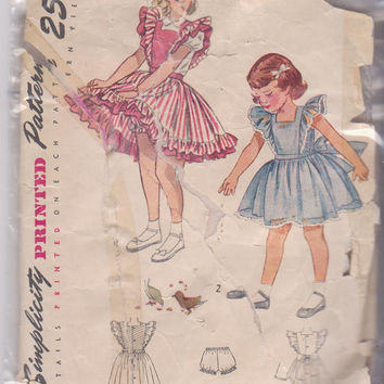Vintage 1940s pattern for toddler button back, ruffled dress or pinafore with bloomers Simplicity 2822 CUT and COMPLETE