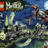LEGO Monster Fighters 9467 The Ghost Train | www.deviazon.com
