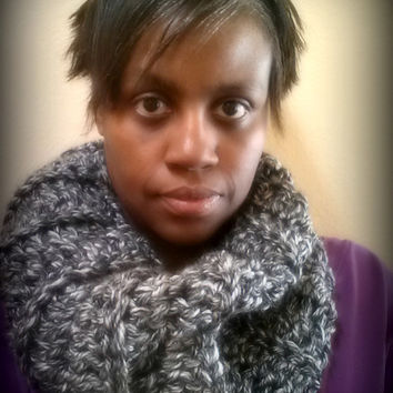 Chunky Ribbed Crochet large cowl - Womens Cowl - Mens Cowl - Black and Grey Scarf - Winter