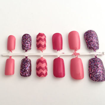 Pink Fake Nails, Glitter False Fingernails, Chevron Acrylic Nails, Artificial Nails, Press On Nail, Glue On Nails, Nail Decals, Nail Sticker