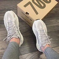 Adidas Yeezy Boost 700 V2 Sneaker