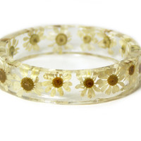 Real Dried Yellow Flower and Resin Bangle-White Flower Bracelet-White Jewelry -White Resin Jewelry-White Flower Jewelry