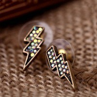 MELO YUMIS SHOP QUIRKY KITSCH THUNDER LIGHTNING STORM STUDS EARRINGS BLING BLIN