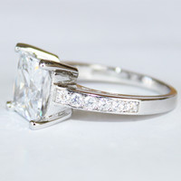 Princess Cut Diamond Promise Ring Side - Beautiful Promise Rings