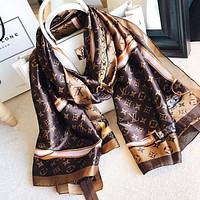 LV Louis Vuitton Classic Women Silk Cape Scarf Scarves Shawl Accessories