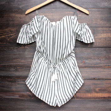 fine lines strapless off the shoulder striped romper - ivory