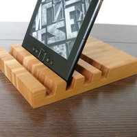 4 slots Charging station. iPad stand. iPhone stand. Bamboo iPad stand. Bamboo iPhone stand. eBook station. Chocolate.