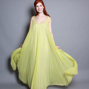 60s Chartreuse Pleated NIGHTGOWN / Full Sweep, Beaded Neckline, xs - m
