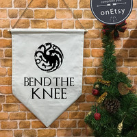 """Game of Thrones """" Bend the knee """" Stark or Targaryen Banner flag and hanging device, wall banner flag, wall hanging decoration funny gifts"""